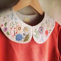 Love these embroidered flowers!