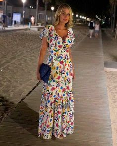 Long dress – Kiss my Look Beautiful Maxi Dresses, Cute Summer Dresses, Beautiful Outfits, Chic Dress, Dress Skirt, Modest Dresses, Casual Dresses, Party Wear Long Gowns, Modest Fashion