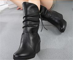 Price: US $28.80USD/piece Buy 2 pcs immediately get 5% discount Free shipping to Worldwide  2015 new woman ladies shoes zapatos mujer chaussure women boots ankle boots bota Riding Boots Casual Ladies Martin Boots If you like it, please contact me: Wechat: 575602792 Whats App: +86 13433256037 E-mail: woxiansul@live.com