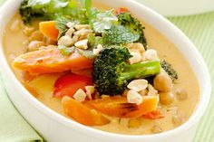 Vegetable and chickpea curry recipe, NZ Womans Weekly – visit Eat Well for New Zealand recipes using local ingredients - Eat Well (formerly Bite) Great Vegan Recipes, Vegetarian Recipes, Healthy Recipes, Vegan Meals, Onion Vegetable, Vegetable Dishes, Chickpea Curry, Fabulous Foods, Curry Recipes