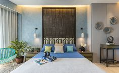 This master bedroom design of a luxury apartment in Mumbai uses geometric motifs done in antique metal and English green leather bed. These are complemented by texture paints and concrete elements. Furniture Design, Bedroom Furniture Design, Bedroom Interior, Master Bedroom Design, Bed Design, Luxury Home Decor, Interior Design, Home Decor, House Interior