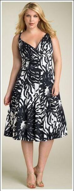 vestido floral plus size verão