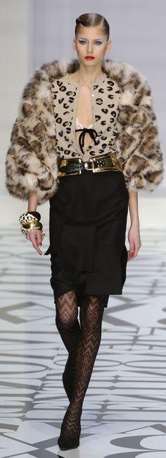 Valentino fur fashion style #furonline #furfashion #furstyle
