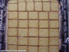 Nejprve su ušleháme šlehačku. Dva tvarohy smícháme s cukrem dle chuti, kakaem (obarvit) a přidáme dv...