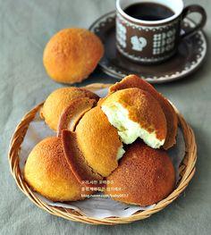 Easy Cooking, Cooking Recipes, A Food, Food And Drink, Korean Dessert, Bread Bun, Korean Food, No Bake Desserts, Food Plating