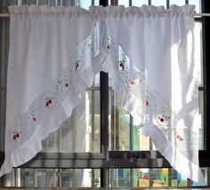Barras de desgaste dulce fresa bordado volantes cabeza Triangular cortina / cocina café corto cortina(China (Mainland))