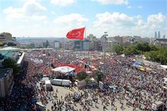 AA Photo article: Massive rally illuminates Taksim as protests continue in Turkey by Hurriyet Daily News