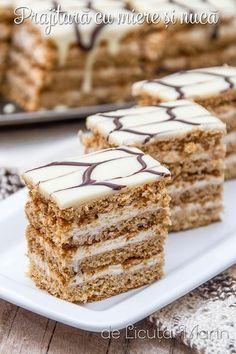 arata f bine Romanian Desserts, Romanian Food, Sweet Recipes, Cake Recipes, Sweet Pastries, Food Cakes, Sweet Cakes, Desert Recipes, Cake Cookies