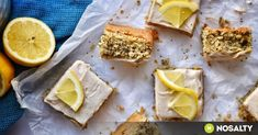 Lisztmentes citromos-mákos süti recept képpel. Hozzávalók és az elkészítés részletes leírása. A lisztmentes citromos-mákos süti elkészítési ideje: 45 perc Camembert Cheese, Paleo, Dairy, Bread, Breakfast, Morning Coffee, Brot, Beach Wrap, Baking