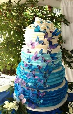 Beautiful Ombre Cake Ideas For All Occasions - We Love Ombre! That Little Cake Place - Cake Designs by Amelia Gorgeous Cakes, Pretty Cakes, Cute Cakes, Amazing Cakes, Purple Wedding Cakes, Blue Wedding, Trendy Wedding, Dream Wedding, Wedding Ideas