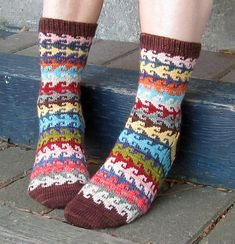 """Heart Crook Pattern found in """"More Sensational Knitted Socks"""" by Charlene Schurch. These look very much like the """"Happy Feet"""" socks. This book is readily available. Crochet Socks, Knit Crochet, Knitted Slippers, Crochet Granny, Knitting Socks, Hand Knitting, Loom Knitting Patterns, Knitting Tutorials, Stitch Patterns"""