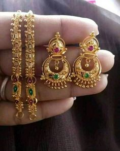 Gold Chain Design, Gold Ring Designs, Gold Bangles Design, Gold Earrings Designs, Gold Jewellery Design, Gold Bridal Jewellery Sets, Gold Jewelry Simple, Gold Rings Jewelry, Ear Jewelry