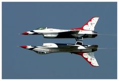 Thunderbirds-F-16. I will NOT miss next years airshow even if I have to go alone.