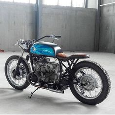 "oldschoolbikes: "" dropmoto: "" @frenchmonkeys_design gettin' cruisey with this custom BMW R60. Found via @caferacersofinstagram. #dropmoto #bmw #r60 #caferacer #caferacerporn #vintagemotorcycle #builtnotbought "" www.oldschoolbikes.tumblr.com "" P&Co -..."