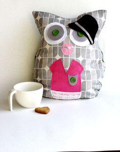 Owl Suzzane