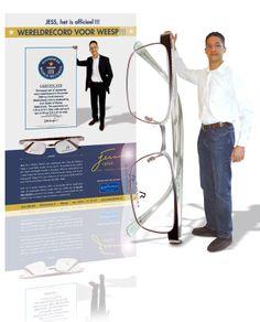Grootste bril ter wereld op naam van Jess Optiek. Errold Jessure. Van idee, ontwerp tot uitvoering. www.reclamebureauholland.nl