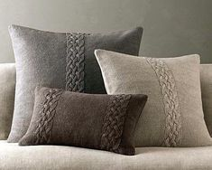 Belgian Linen Knit Pillows This is from Restoration Hardware. They are linen knit covers. I think I can make a pattern for these but I'm looking of a nice pillow pattern similar to this. I think I can easily find a linen yarn.