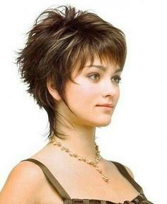 6 Beautiful Clever Tips: Waves Hairstyle Updo women hairstyles over 50 long hair.Women Hairstyles Over 50 Long Hair messy hairstyles quotes. Short Shag Hairstyles, Haircuts For Fine Hair, Best Short Haircuts, Short Hairstyles For Women, Cool Hairstyles, Pixie Haircuts, Updos Hairstyle, Casual Hairstyles, Layered Hairstyles