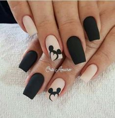 Uñas Disney Mickey Mouse – You are in the right place about nail art matte Here we offer you the most beautiful pictures about the nail art animal you are looking for. When you examine the Uñas Disney Mickey Mouse – part of the picture you can … Best Acrylic Nails, Matte Nails, My Nails, Matte Pink, Black Nail Designs, Acrylic Nail Designs, Disney Nail Designs, Fake Nail Designs, Art Designs