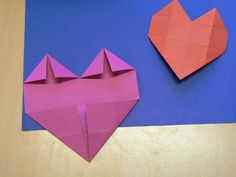 Hartjes vouwen, 16 vierkantjes Arts And Crafts, Diy Crafts, Art School, Elementary Schools, Valentines Day, Projects To Try, Paper, Hearts, Inspiration