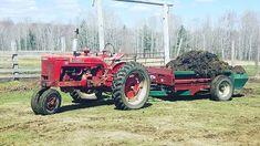 #farming #manurespreader #farmall #farmallm #farmalltractors #wisconsinfarm #wisconsin