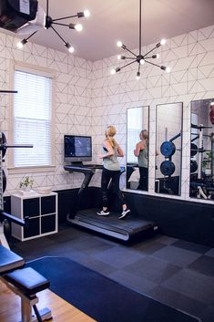Create a Stylish Garage Gym — Jenny Reimold Home Gym Garage, Diy Home Gym, Home Gym Decor, Gym Room At Home, Workout Room Home, Basement Gym, Man Cave Garage, Workout Rooms, Basement Remodeling
