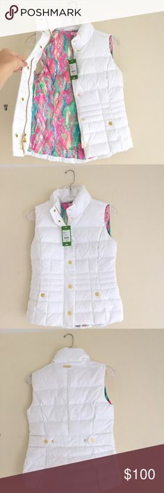 Lilly Pulitzer Vest (NWT) Beautiful white Lilly Pulitzer puffer vest.  Pattern interior, gold hardware. Never worn (new with tags). Lilly Pulitzer Jackets & Coats Vests