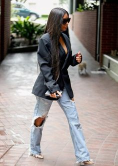 Kim Kardashian Shares Her Woes About & Psoriasis& on Her Face Stylish Outfits, Cute Outfits, Fashion Outfits, Womens Fashion, Beautiful Outfits, Girly Outfits, Style Kim K, My Style, Celebrity Outfits