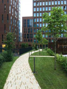 Жилой комплекс «Садовые кварталы», 4 квартал : Sergey Skuratov Architects Parametric Architecture, Landscape Architecture, Urban Landscape, Landscape Design, Residential Complex, Dream City, Townhouse, Facade, Yard