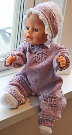 Knitted baby vest and cardigan - Knitting, Crochet Love Knitting Dolls Clothes, Crochet Doll Clothes, Knitted Dolls, Doll Clothes Patterns, Clothing Patterns, Baby Born Clothes, Bitty Baby Clothes, Baby Knitting, Crochet Baby