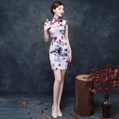 Hot Sale Women's Cheongsams Women Short Slim Qipao Dresses Chinese Traditional Evening Qipao Female Low Splits Summer Dresses