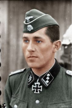 Fritz Rentrop (19 November 1917 – 2 February 1945) was a Sturmbannführer , in the Waffen-SS ww2 He was posted to the 2nd SS Panzer Division Das Reich and served with the 2nd Company, 2nd SS Flak Battalion when he was awarded the Knight's Cross, on the 13th Oct.41. He later served on the staff in the IV SS Panzer Corps and is believed to have been executed by the Russians on the 2 February 1945 in Hungary