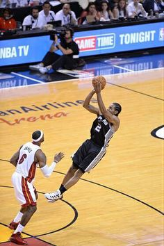 Kawhi Leonard with the fall away jumper against the Miami Heat in Gm. 3 of the 2014 NBA Finals #Spurs