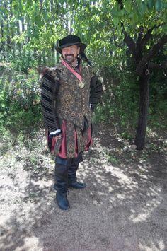Gentleman's Elizabethan costume - by Scott Tickler