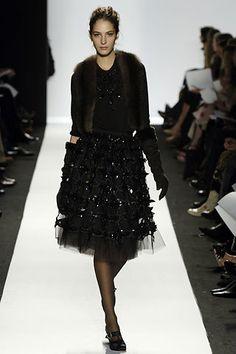 Oscar de la Renta Fall 2006 Ready-to-Wear Collection Photos - Vogue