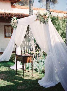 To see more stunning wedding ceremony ideas: http://www.modwedding.com/2014/11/21/swooning-gorgeous-wedding-ceremony-inspiration/ #wedding #weddings #wedding_ceremony photo: Desi Baytan Photography