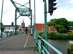 Rotterdam - Overschie, de opaalbrug aan het eind van de Dorpsstrat richting Schiedam.