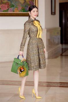 Elegant Outfit, Elegant Dresses, Cute Dresses, Vintage Dresses, Beautiful Dresses, Short Dresses, Dresses For Work, Look Fashion, Retro Fashion