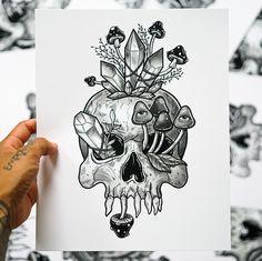 Skull Drawing With Flowers, Simple Skull Drawing, Ant Drawing, Skull Tattoo Flowers, Flower Skull, Drawing Ideas, Poem Tattoo, Tatoo Art, Body Art Tattoos