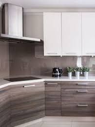 Modern Kitchen Interior Remodeling Small Kitchen Ideas With French Country Style 12 - Small kitchen design ideas should be ways you come up with to save as much space as possible while having […] Luxury Kitchen Design, Best Kitchen Designs, Luxury Kitchens, Interior Design Kitchen, Home Kitchens, Galley Kitchens, Modern Interior, Interior Desing, Yellow Kitchens