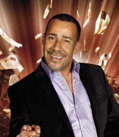 El gran cantante Luisito Carrion