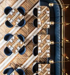 Tour Boka's Ritzy New Gold Coast Restaurant, Now Open - Eater Chicago Read Somerset's menu, where swanky yacht rock dreams come true Small Restaurant Design, Restaurant Interior Design, Commercial Interior Design, Commercial Interiors, Modern Interior Design, Design Interiors, Resturant Interior, Cafe Interiors, Design Hotel