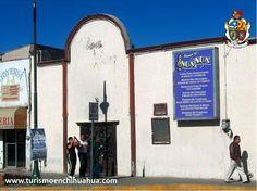 TURISMO EN CIUDAD JUÁREZ. El bar y salón de baile Noa Noa en Ciudad Juárez, es el lugar donde debutó Juan Gabriel en 1966 con la canción Adoro, de Armando Manzanero y en lo acompañó un grupo llamado Los Prisioneros del Ritmo. Este emblemático lugar fue demolido en 2007, para construir un estacionamiento. Le invitamos a conocer Ciudad Juárez en su próxima visita a Chihuahua. www.turismoenchihuahua.com