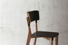 STW CHAIR - THOMAS MERLIN DESIGN STUDIO