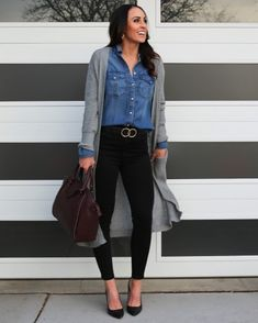 Gray Shirt Outfit, Outfits With Grey Cardigan, Jean Shirt Outfits, Black Pants Outfit, Jean Shirts, Gray Cardigan, Grey Shirt, Black Jeans Outfit Winter, Long Sweater Outfits