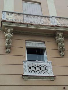 Cadiz, Garage Doors, Outdoor Decor, Home Decor, Balconies, Buildings, Urban, Tourism, Art