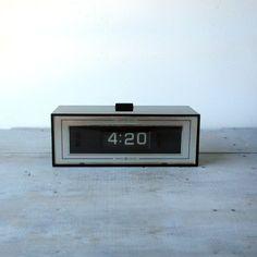 G.E. Analog Digital Clock