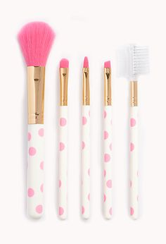 I love these make-up brushes at forever21<3 and a solid price too!