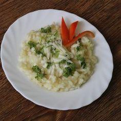 Patizonové rizoto patří mezi jídlo, které moc lidí nezná. Nejčastější úpravou je patizon smažený v trojobalu. Veřte, že tento recept vás překvapí svou jednoduchostí a vynikající chutí. Risotto, Food And Drink, Ethnic Recipes, Macrame, Fitness