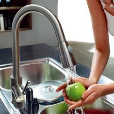Free ship Brushed nickel clour pull out kitchen spray faucet mixer tap New Single hole Deck mounted